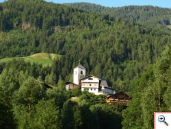 Ausblick zur St. Nikolauskirche, aus dem 12. Jahrhundert